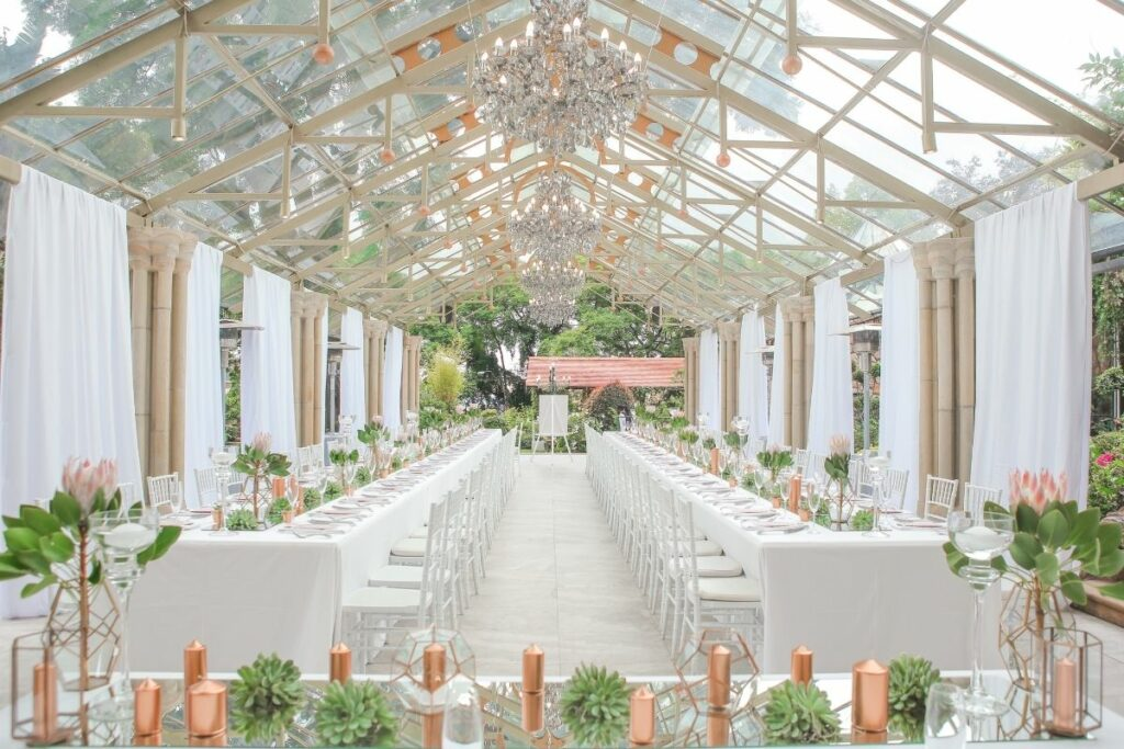 clear span marquee 1024x683 - Planning the food at your marquee wedding