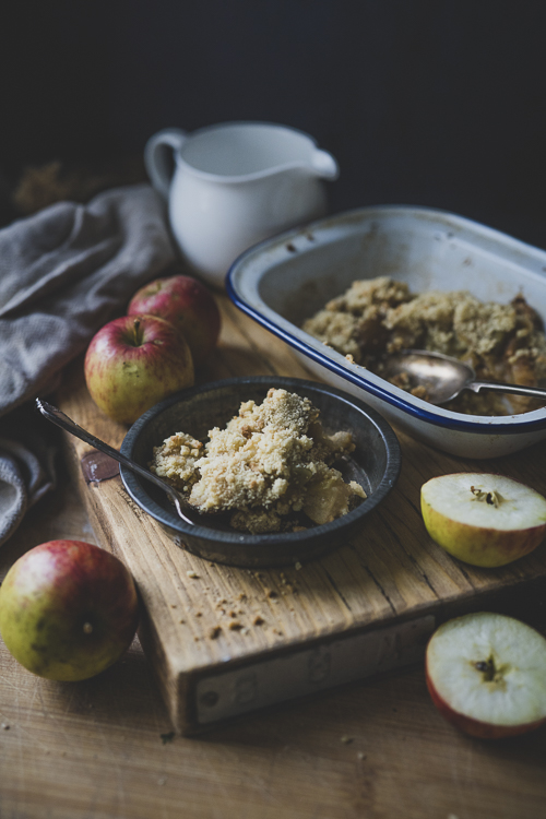 Evoke Pictures Lifestyle Home Feasting Apple Pear Crumble 1 - Apple and pear crumble (vegan): DELIVERY FRIDAY 4TH DECEMBER