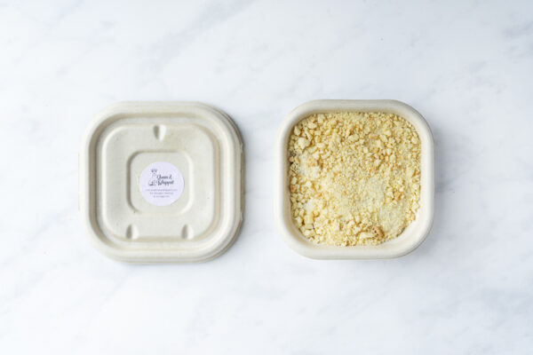Evoke Pictures Lifestyle Home Feasting Apple Pear Crumble - Apple and pear crumble (vegan): DELIVERY FRIDAY 4TH DECEMBER